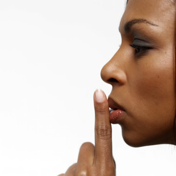 Secret Relationships | www.folashadebutler.com | How to tell if you are in a secret relationship